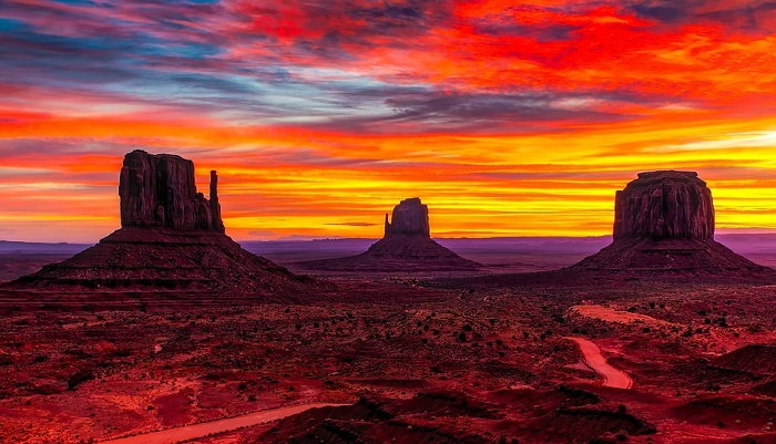 Sunset at Monument Valley in Utah